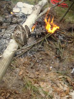 chleb harcerski na patyku
